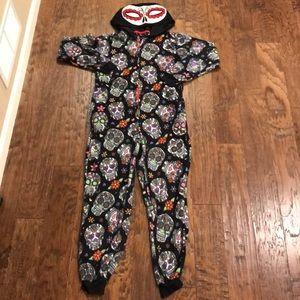 Body candy M skull one piece pajamas costume.